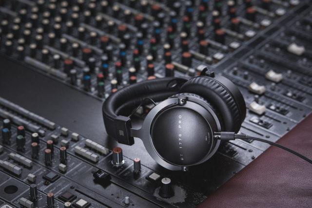 Los 5 mejores auriculares de estudio de grabación. Top auriculares profesionales.