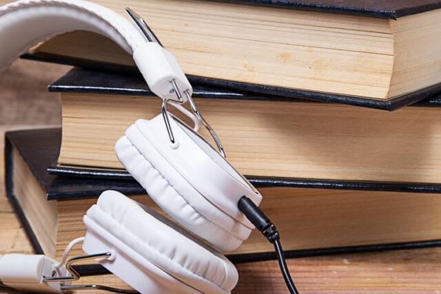 ¿Cuánto cobro por grabar un Audiolibro?  Tarifas de Audiolibros. Coste del Locutor para audiolibros.