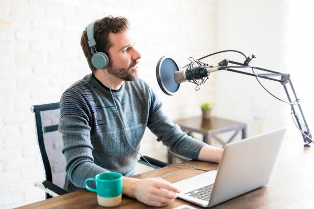 Aplicaciones para hacer Podcast. App para grabar Podcast. Como grabar un podcast con amigos o entrevistados